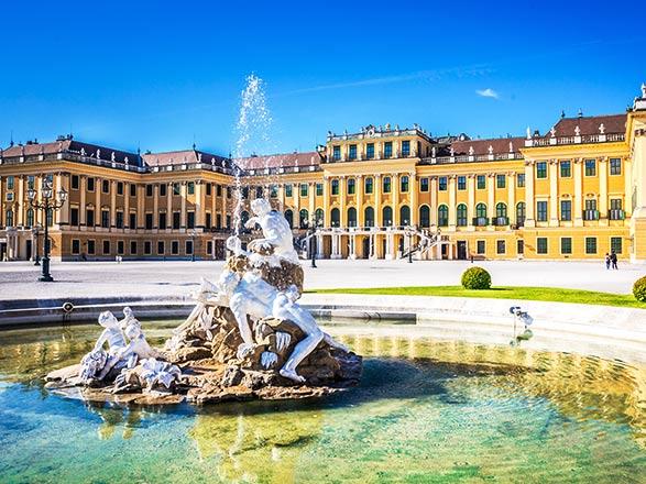 Croisière Traditions de noël des trois grandes capitales du Danube : Vienne, Budapest, Bratislava (MVI)