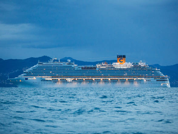 photo ab no29356 navire Costa Diadema