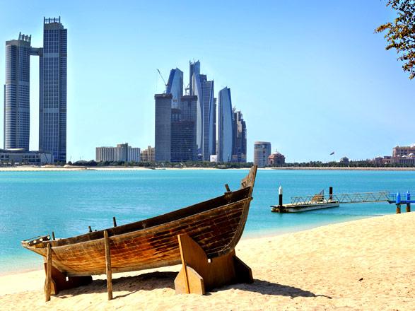 Crociera golfo arabico 8 giorni partenza da abu dhabi for Cabine sulla sponda nord