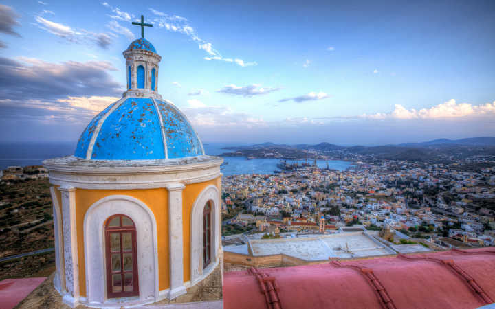 Crucero Syros
