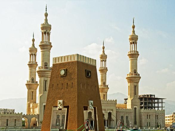 Dubaï et Oman, des destinations de rêve pour vos prochains voyages.