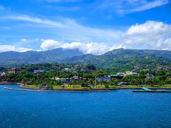 Croisière OFFRE SPÉCIALE : Iles de la Société et Tahiti Iti - Vol inclus !