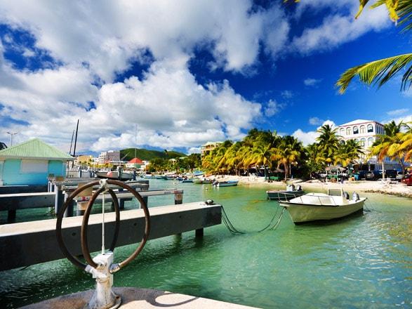 Croisière Îles sous le Vent : Iles Saintes, Dominique, Antigua, St Barth...