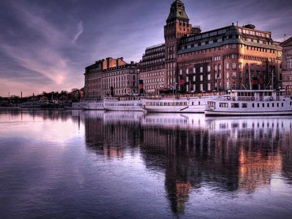 Croisière De Stockholm à Londres : Helsinki, St Pétersbourg, Tallinn, Riga, Copenhague, Amsterdam, Bruges...