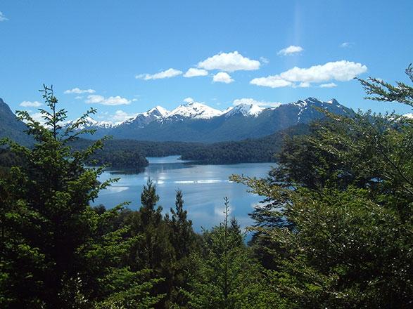 Croisière EXPÉDITION : Noël et jour de l'an en terres australes (Vols domestiques inclus)