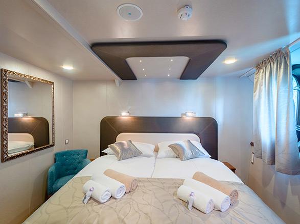 photo cabine ab M/Y Casablanca  - Cabine avec balcon