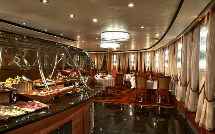 Do cruise ships have too many dining options? - Star Tribune