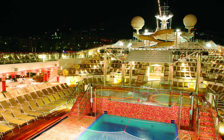 Costa magica foto e informazioni per la tua crociera for Costa neoriviera piano nave