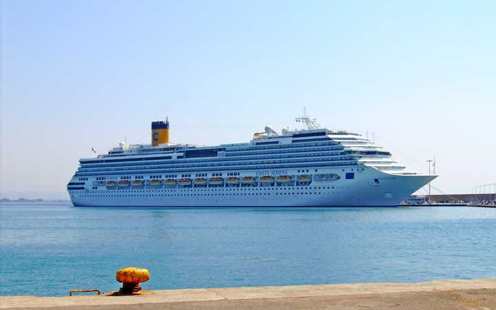Costa serena foto video e crociere sulla nave costa serena for Piano nave costa fascinosa